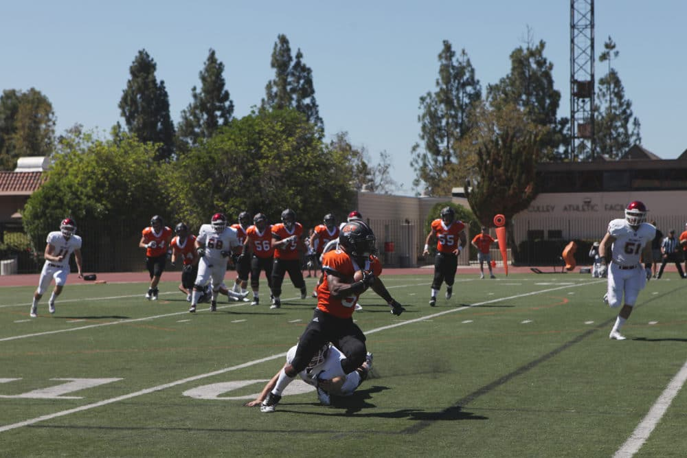 Football Returns With 25 6 Loss To Willamette The Occidental